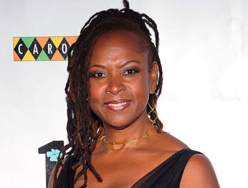 5-Robin-Quivers